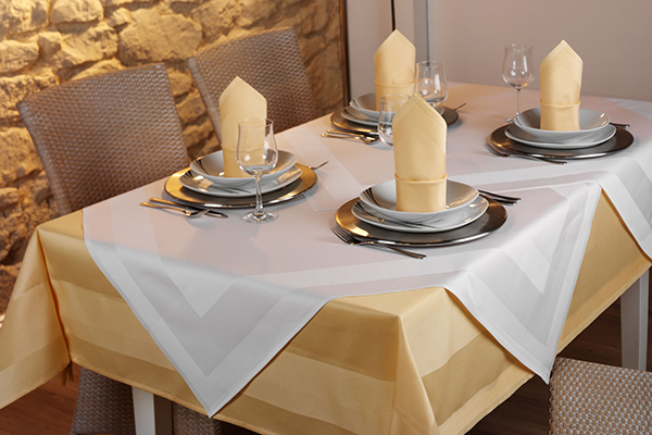 New at eXpand: chic table linen in many different designs and colours!